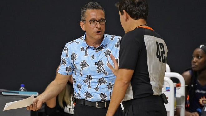 Connecticut Sun head coach Curt Miller talks to an official during the first half against the Los Angeles Sparks Thursday, Sept. 17, 2020, in Bradenton, Fla.