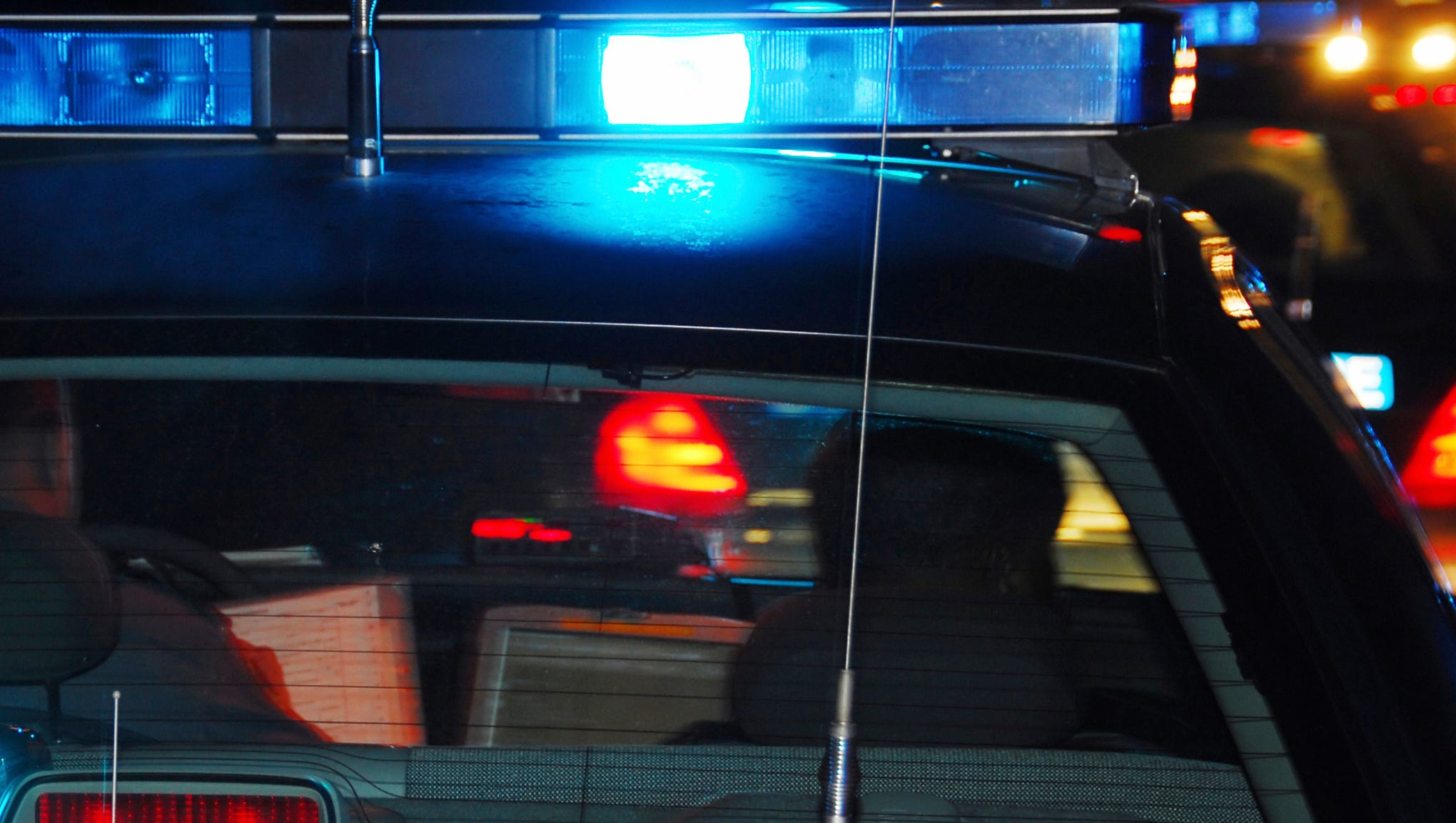 Man allegedly steals vehicle at Aztec Safeway with child left inside