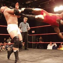 Pro wrestling may find a home in Lansing