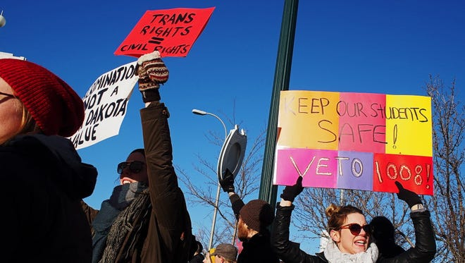 Protesters in Sioux Falls, S.D., on Feb. 20, 2016.