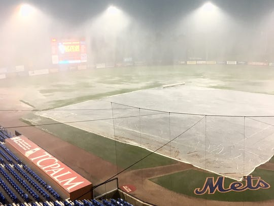 Tim Tebow's St. Lucie Mets debut was rained out on