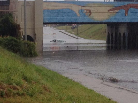 Madison St. underpass flood