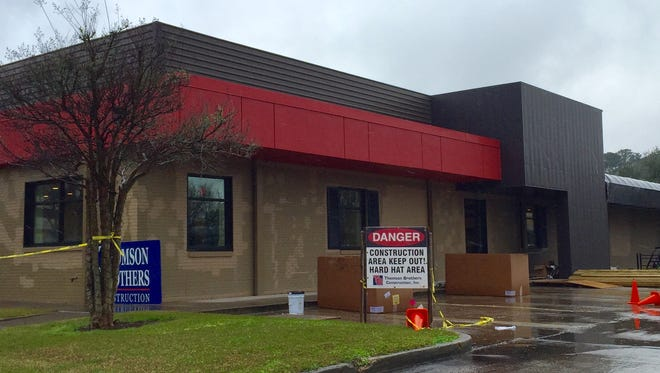Cajun Salad Chick is opening this month in the Oil Center.