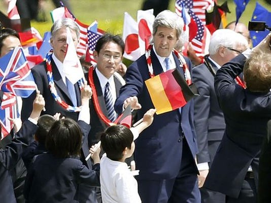 635959659017121566-635959641925069979-AP-Japan-US-G7-Foreign-Ministers.3.jpg