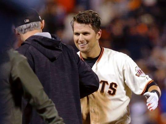 Game 3 in San Francisco: Giants second baseman Joe