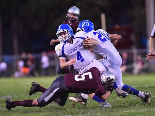 Loyal's Jordan Radue and his teammates host Edgar in a WIAA Division 7 state quarterfinal game Friday