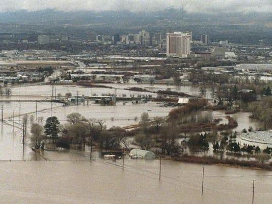 Reno 1997 flood 01