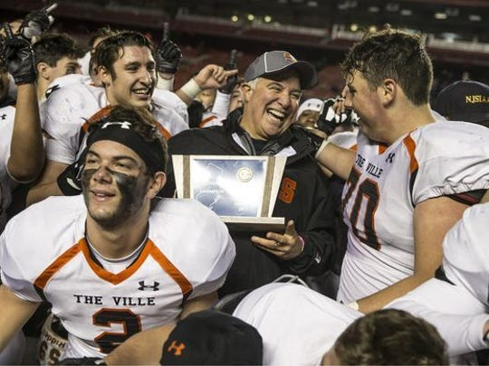 Jeff Vanderbeek revived the Somerville High School football program