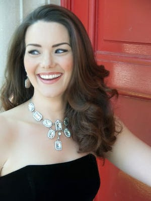 Sonja Gustafson will perform with the International Symphony Orchestra.