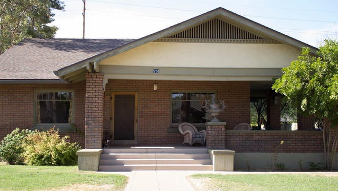 """Famed Phoenix businessman Jack Halloran was the original owner of this bungalow in Phoenix's Roosevelt neighborhood. He is known for having an affair with Winnie Ruth Judd, the notorious """"Trunk Murderess"""" of the 1930s."""