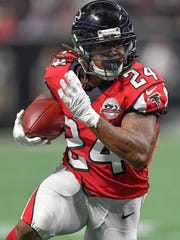 Falcons running back Devonta Freeman is averaging 4.4 yards per carry and has four touchdowns.