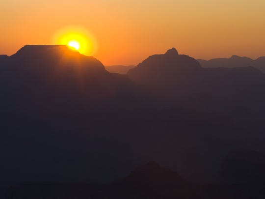 Sunrise from Mather Point at Grand Canyon National