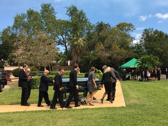 Scores Pay Final Respects To Truly Nolen In Naples
