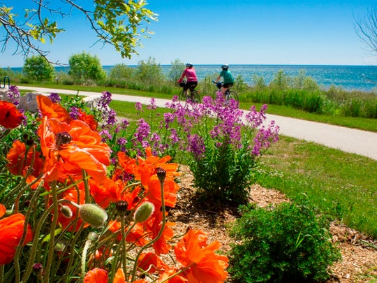 Friends of Mariners Trail links Manitowoc County's coastal cities of Manitowoc and Two Rivers.