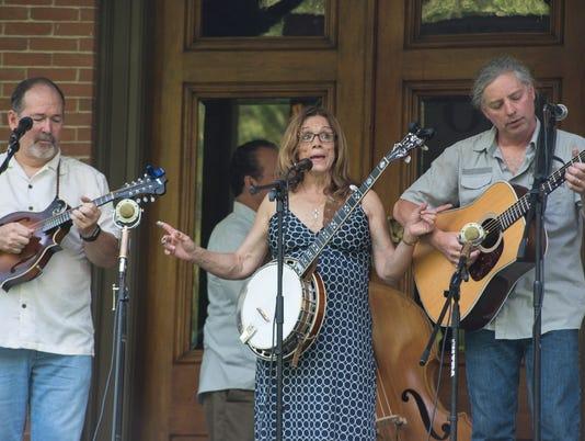 636638897330846964-Fossil-Creek-Band-Hayes-Summer-2018-Verandah-Concert-Series.jpg