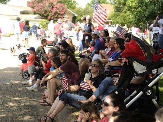 Hillcrest neighborhood residents enjoy the 2016 July 4 parade.