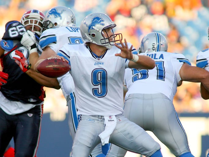Matthew Stafford of the Detroit Lions throws a pass