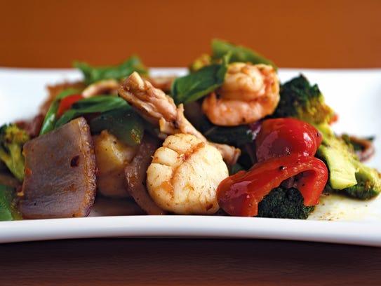 Mixed seafood in thai basil sauce