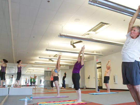 Bikram yoga_02.jpg