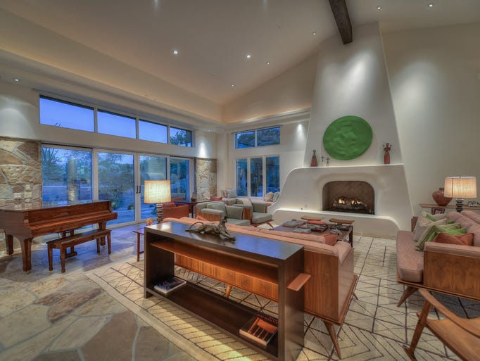 Investing guru peter lynch lists scottsdale home for 14 for 10 x 14 living room