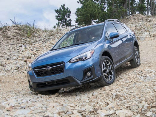 review subaru 39 s new crosstrek becomes the small suv to beat. Black Bedroom Furniture Sets. Home Design Ideas