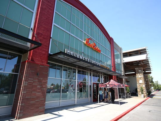 Red Robin's new location at Lancaster Mall had a test run on Friday. The new location is 3,200 square feet larger than the former location and seats 268 people.