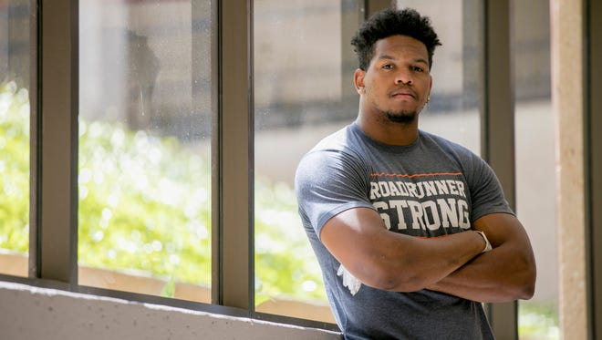 University of Texas at San Antonio defensive end Marcus Davenport had to learn to see his own ability.