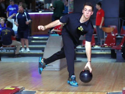 032516-hk-bowling.jpg