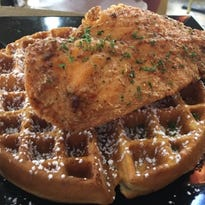 Port St. Lucie restaurant makes tasty meals with chicken, chops and waffles