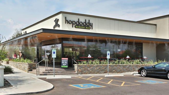 PNI 0720 burger battle 0708140216jmThe exterior of Hopdoddy Burger Bar. As seen in Scottsdale on 7/14/2014 Credit: John Samora/ the Arizona Republic
