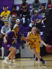 LSU of Alexandria's Maddie Smith (3) looks for a shot against LSU of Shreveport Wednesday, Jan. 31, 2018 at the Fort on the LSUA campus.