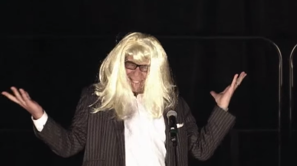 Bruce Pearl dressed up as Taylor Swift for a lip-sync