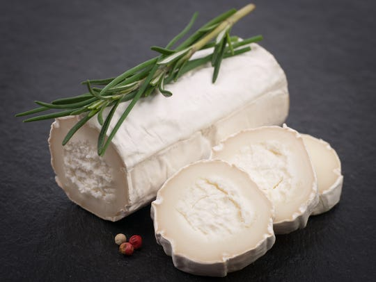 Goat cheese has 75 calories and 6 grams of fat per