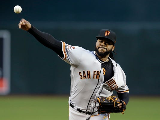 Giants_Cueto_Baseball_01826.jpg
