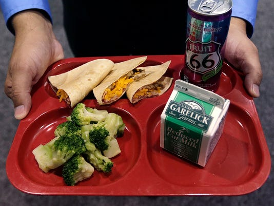 -ANIBrd_07-15-2014_TownTalk_1_A002~~2014~07~14~IMG_School_Lunches__2__3_1_5S.jpg