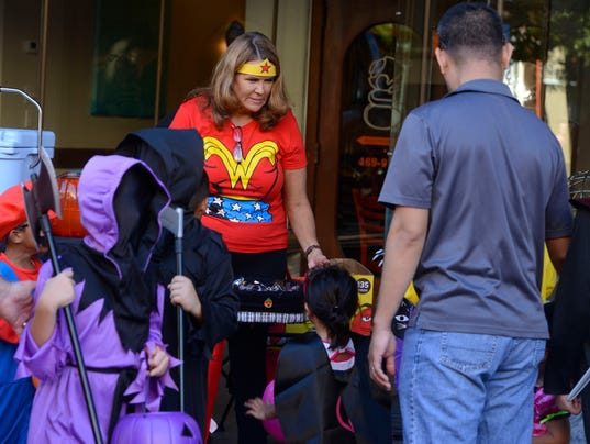 Downtown Trick or Treat 41