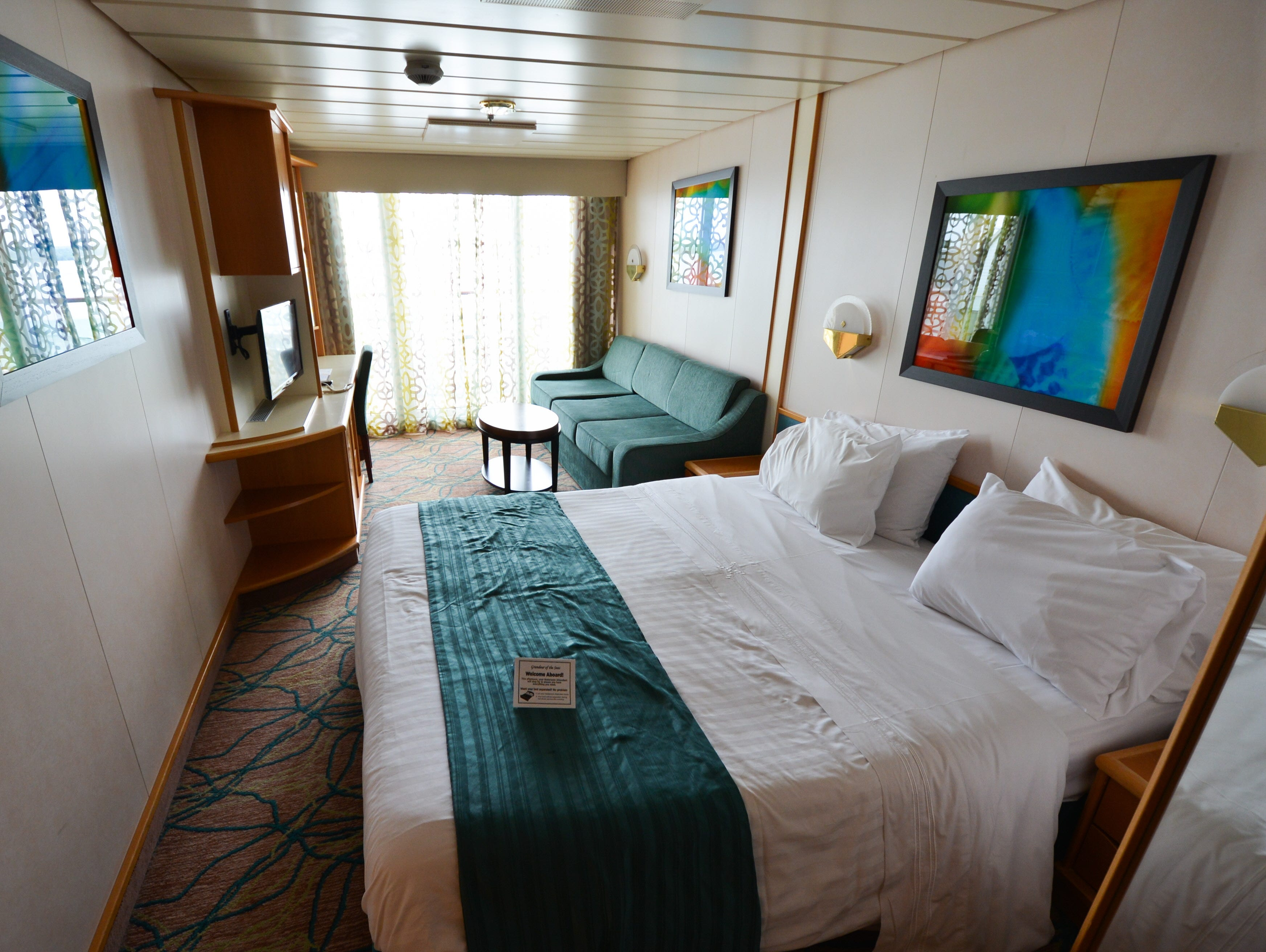 Of 996 cabins on Grandeur of the Seas, 597 are Ocean View cabins like the one shown here.