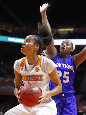 Tennessee center Nia Moore (1) goes for a shot as she's defended by Tennessee State forward Jayda Johnson (25) in the first half Monday.