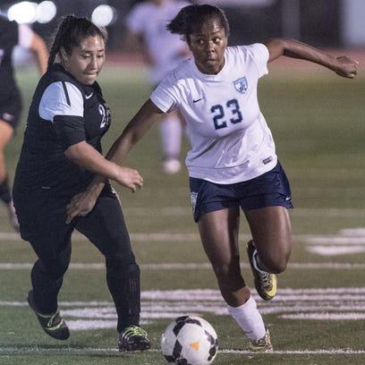 Girls soccer: Rangers advance to D-II title game
