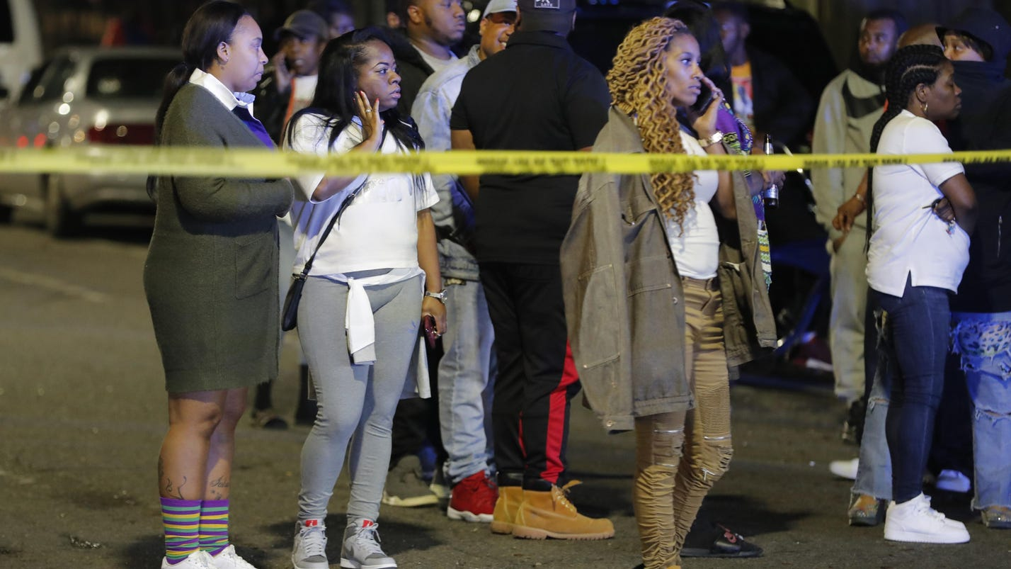 Police: 2 killed, more hurt in New Orleans shooting