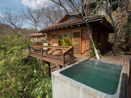 The Top Most Romantic Places in Belize  |Belize Treehouse Accommodation Near Beach