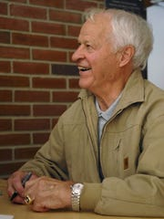 "Detroit Red Wings hall-of-famer Gordie Howe signs copies of his latest book, ""Nine: A Salute to Mr. Hockey Gordie Howe"", Sunday, October 28, 2007 at McMorran Arena prior to the game between the Port Huron Icehawks and the Bloomington Prairie Thunder."