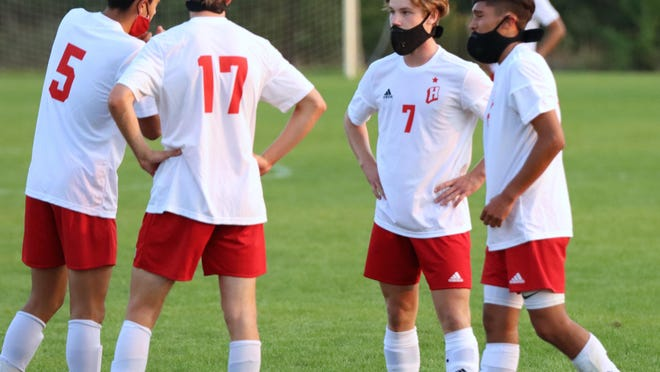 The Holland soccer team advanced to the OK Green Conference final.