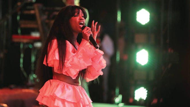 SZA performs onstage during the 2018 Coachella Valley Music And Arts Festival at the Empire Polo Field on April 13, 2018 in Indio, Calif.