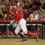 Reds aren't looking to trade Joey Votto