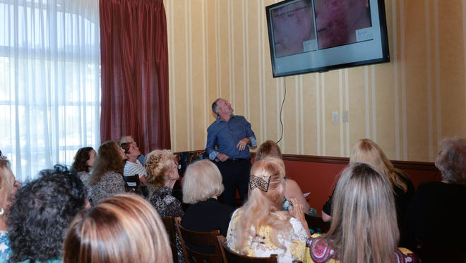 Dr. S. Darrell Lee had a full house at his seminar on facelifts, eyes and necklifts at the Beauty and Wellness Bash to Benefit HANDS Clinic.