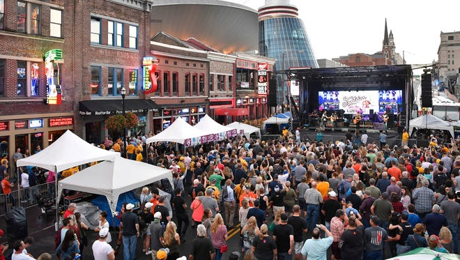 Staying in Downtown Nashville makes it easy to walk and catch a concert at Ryman Auditorium, watch a Predators game at Bridgestone Arena or visit the honky tonks along Lower Broadway.