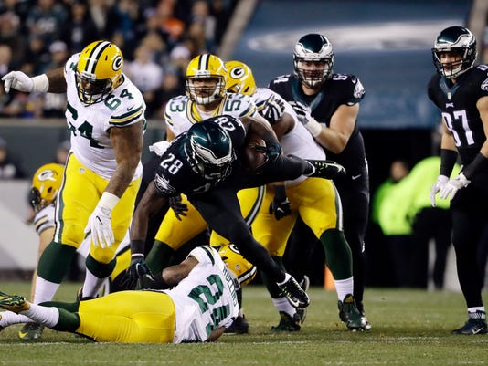 636159739131104956-Packers-Eagles-Footba-Heis.jpg