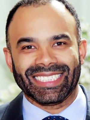 Michael Mecenas