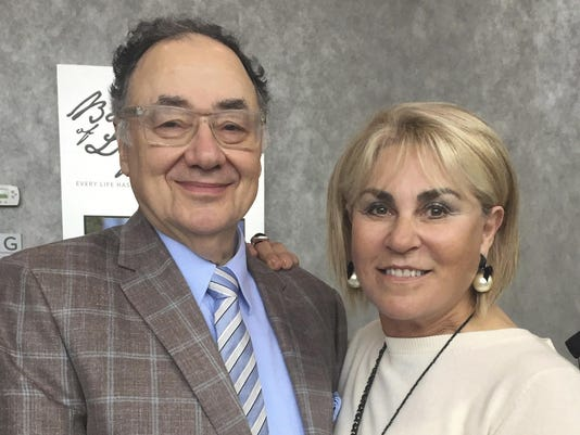 Barry Sherman,Honey Sherman